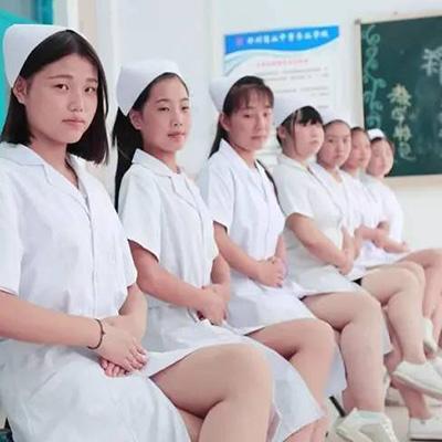 贵阳读护理哪所卫校不要身高
